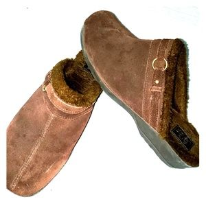 Life Stride leather mules, lined in faux fur